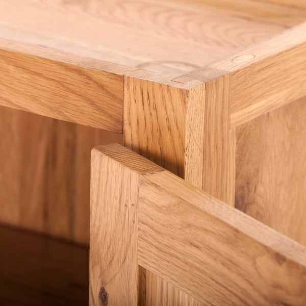KIC010-R - Small Oak Wall Cabinet (Hinges on the RHS)