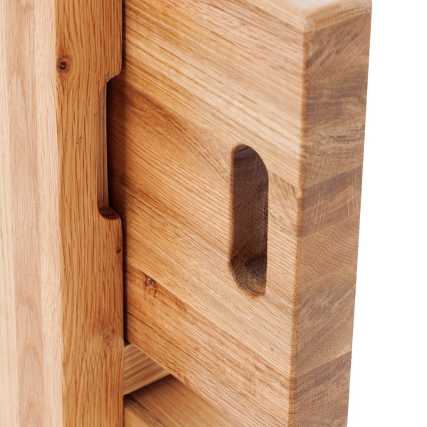 KIC016 - Oak Chopping Board and Tray Cabinet