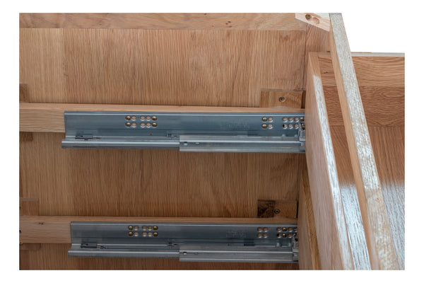 KIC031 - 3 Drawer Pan Cabinet
