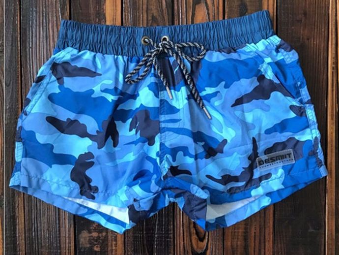 Camouflaged men's trunks