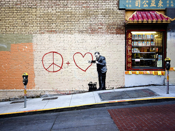 Banksy Puzzle - Urban Art Graffiti - Peaceful Hearts Doctor - 4D Puzzle | 4D Cityscape - 4DPuzz