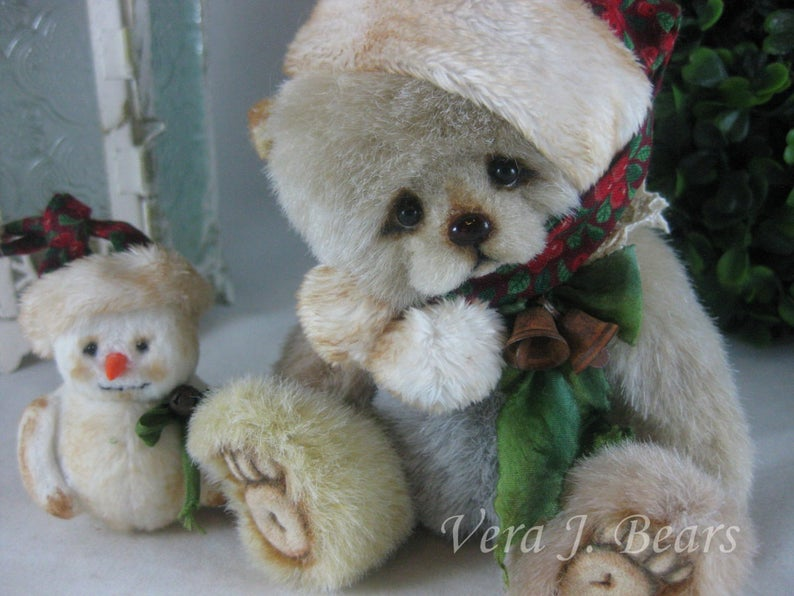 "SOLD  5.5"" Artist Bear Jingle  Handmade by Vera J.Bears"