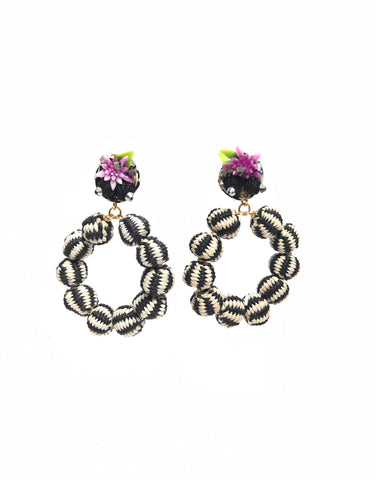 La Quijana Earring Black and White Filigree