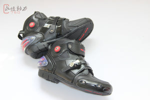Protective motorcycle ankle boot