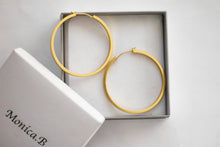 Load image into Gallery viewer, Marigold Hoop Earrings