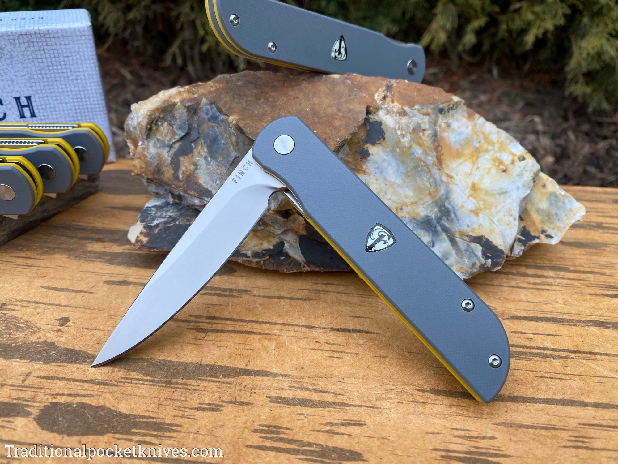 Finch Cimarron Smokey Gray & Yellow G10