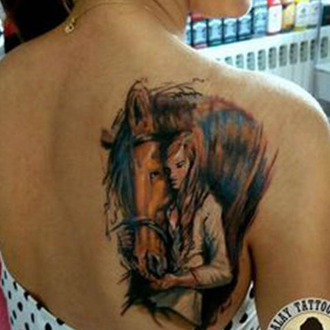 Tatouage Cheval fille
