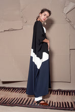 Load image into Gallery viewer, Deep Royal Abaya