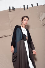 Load image into Gallery viewer, The Elusive Abaya