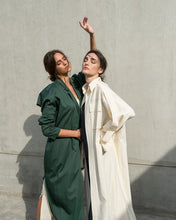 Load image into Gallery viewer, Emerald City Abaya
