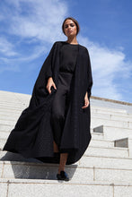 Load image into Gallery viewer, Elan Noir Abaya