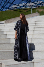 Load image into Gallery viewer, Lady Mystique Abaya