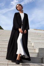 Load image into Gallery viewer, Lustré Noir Abaya