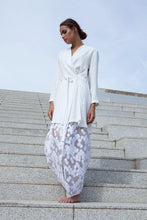 Load image into Gallery viewer, The Elysian Abaya