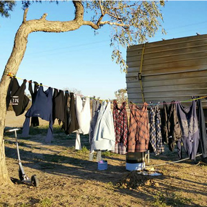 Slide n' Dry Pegless Clothesline - Yellow - Australian Made
