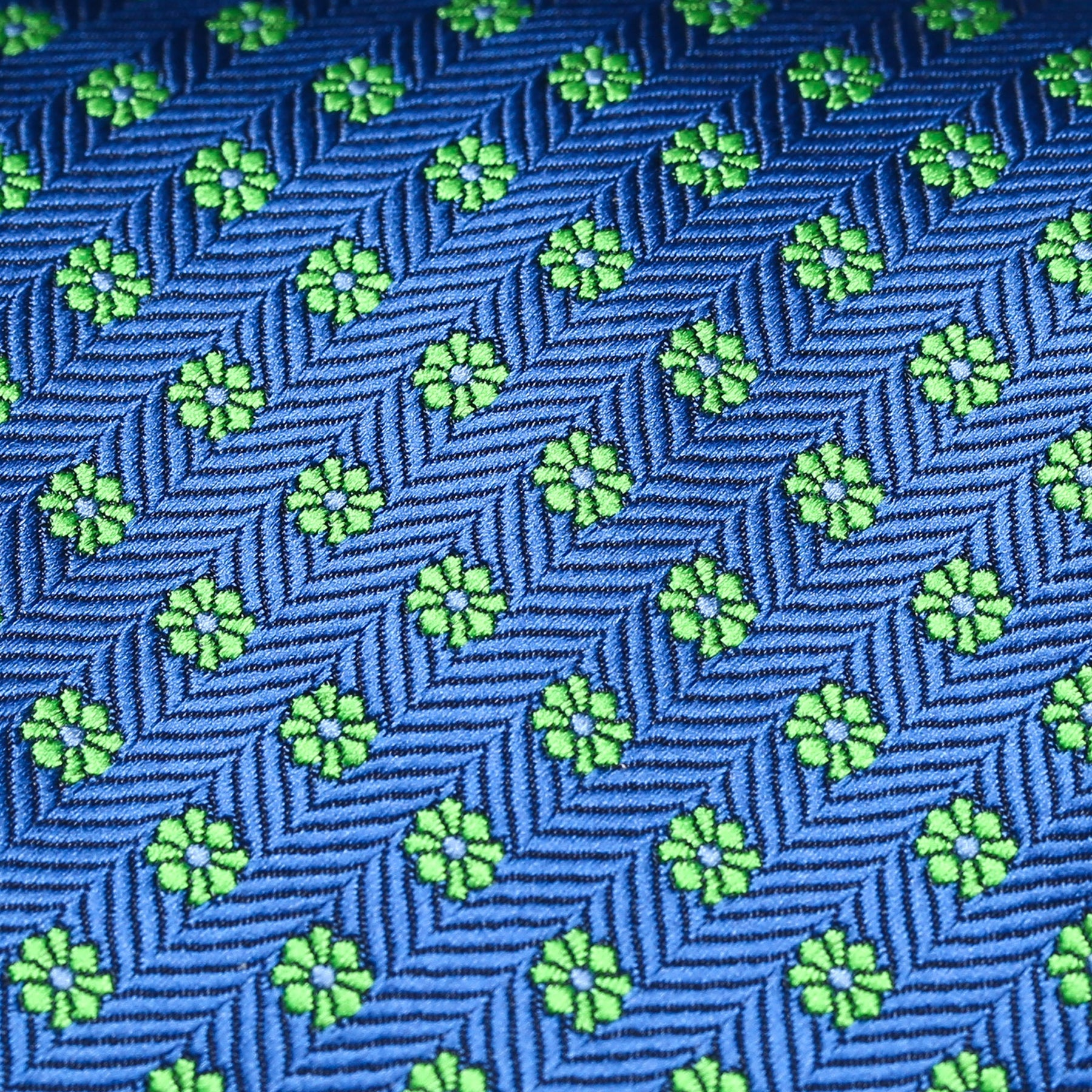 Royal Blue And Green Daisy Pattern Classic Tie
