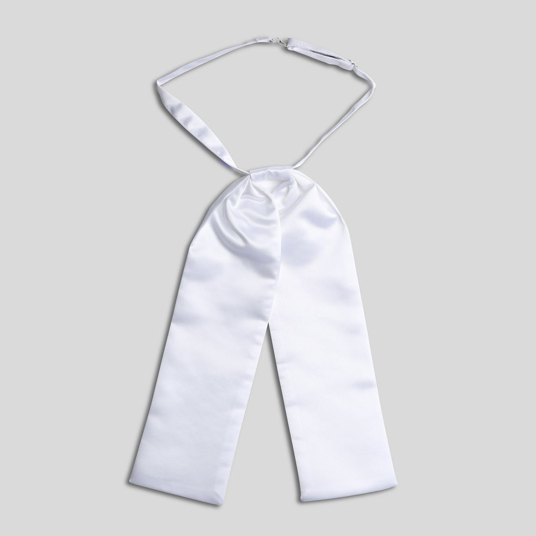 Folkespeare White Wedding Cravat With Pearl Pin