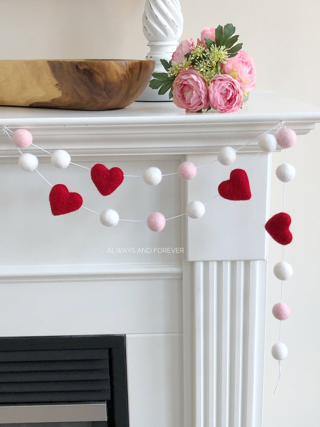 Garland - Red hearts/pink/white