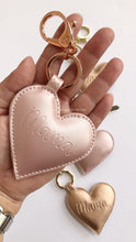 Load image into Gallery viewer, Mama Heart Key Chain