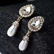 "Load image into Gallery viewer, ""Victoria "" Art Deco Crystal Floral Dangle Earrings"