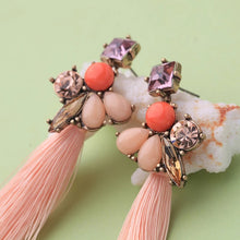 Load image into Gallery viewer, Floral Crystal Rhinestone Tassel Vintage Gold Dangle Earrings
