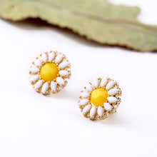 Load image into Gallery viewer, Sun Flower Rhinestone Gold Stud Earrings