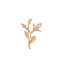 Load image into Gallery viewer, Gold Pearl Floral Vintage Brooch