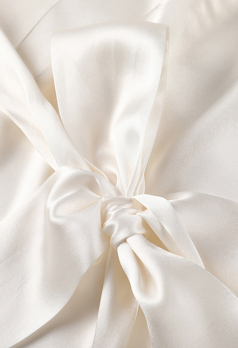 Pearly white silk-robe