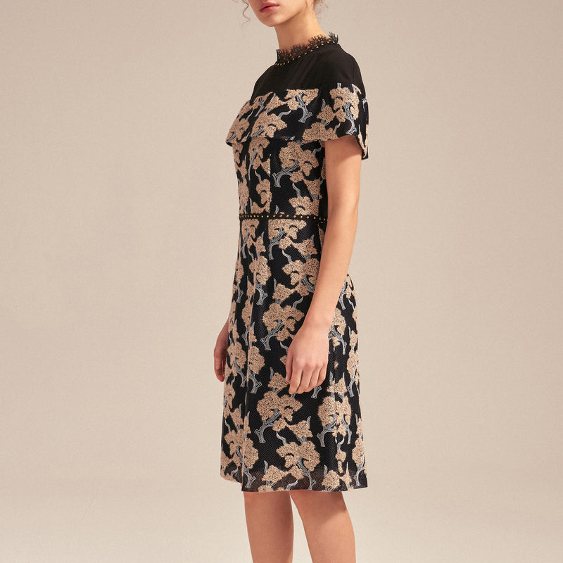 Extravagant floral jacquard dress