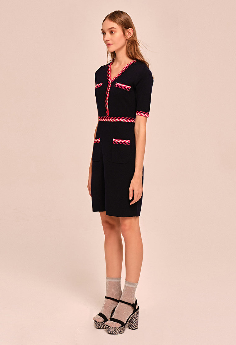 Elegant four-pocket wool dress