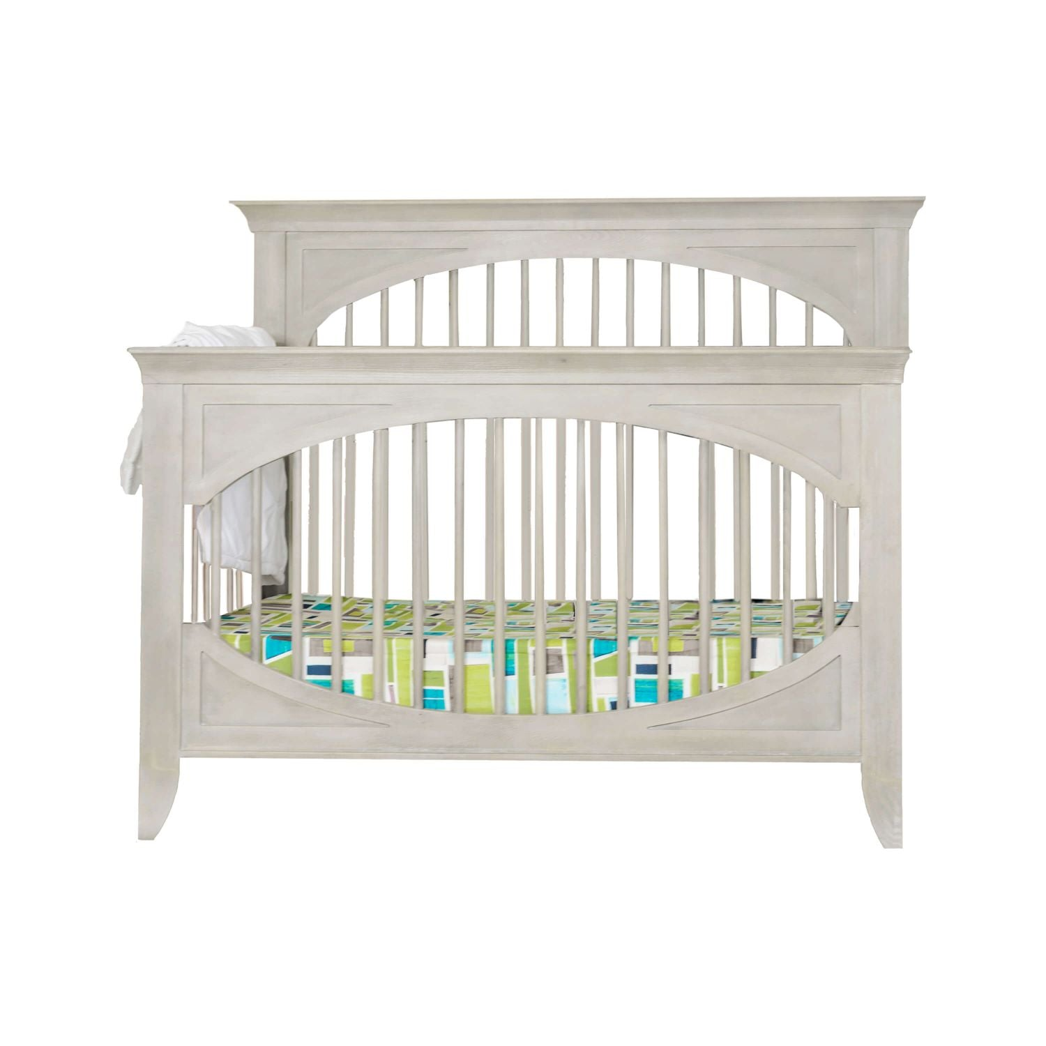 Cameo Oval 4-in-1 Convertible Crib