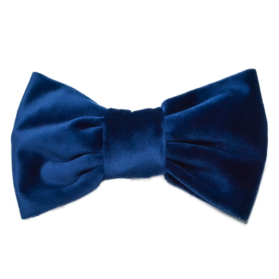 Handmade for Hounds Fairhaven dog bowtie