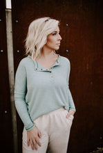 Load image into Gallery viewer, Briar Long Sleeve Seamed Top