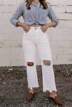 Load image into Gallery viewer, Stella High Rise Distressed Frayed Hem Jeans