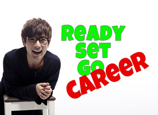 [image: Ready Set Go Career. Smiling student on a chair.]