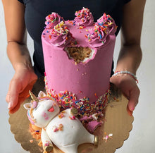 Load image into Gallery viewer, Fat Unicorn Cake