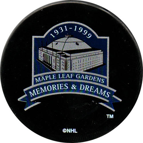 Maple Leaf Gardens - Memories and Dreams Commemorative Puck