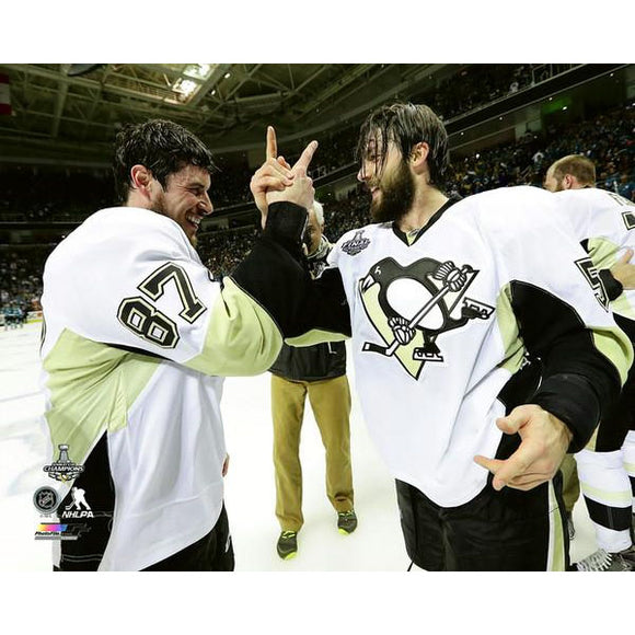 2016 Stanley Cup - Sidney Crosby & Kris Letang Unsigned 8X10 Photo