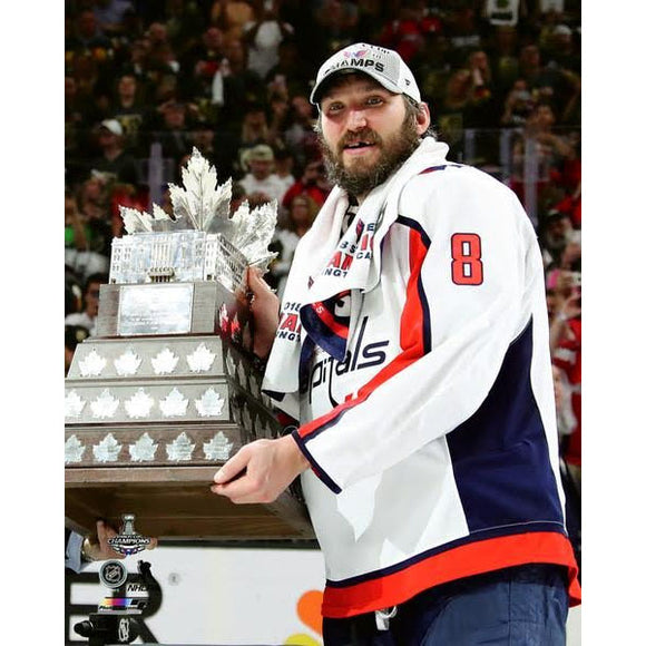 2018 Stanley Cup - Alex Ovechkin w/Conn Smythe Trophy