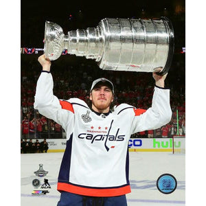 2018 Stanley Cup - T.J. Oshie w/Cup