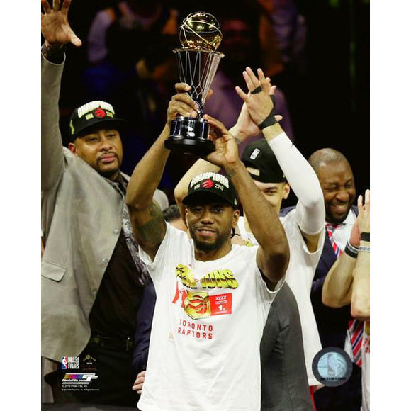 2019 Toronto Raptors Kawhi Leonard Unsigned 8X10 Photo (w/MVP)
