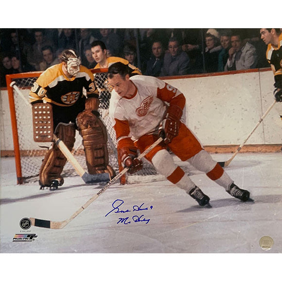 Gordie Howe Autographed 16X20 Photo (vs. Boston)