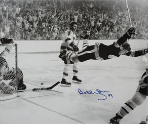 Bobby Orr Autographed Boston Bruins 7.5X11 Photo