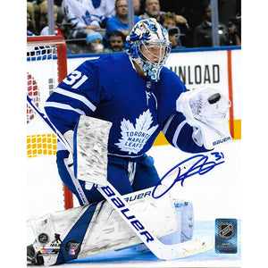 Frederik Andersen Autographed Toronto Maple Leafs 8X10 Photo (Glove Save)