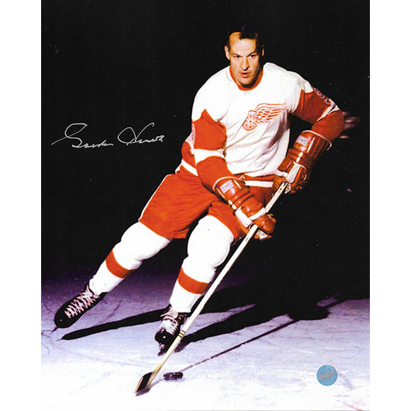 Gordie Howe Autographed 8X10 Photo (Minor Scratching)