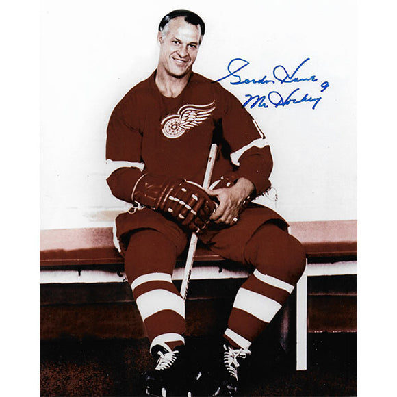 Gordie Howe Autographed Detroit Red Wings 8X10 Photo (Posed on Bench)