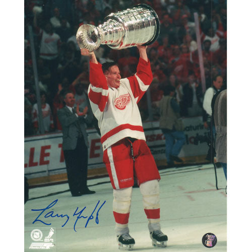 Larry Murphy Autographed Detroit Red Wings 8X10 Photo (w/Cup)