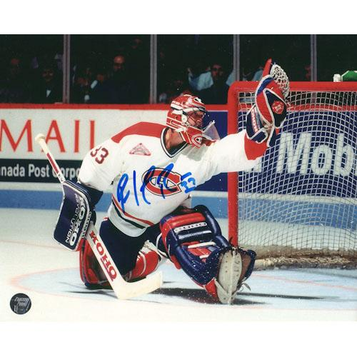 Patrick Roy Autographed Montreal Canadiens 16X20 Photo