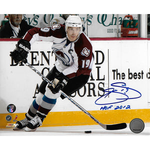 Joe Sakic Autographed Colorado Avalanche 8X10 Photo