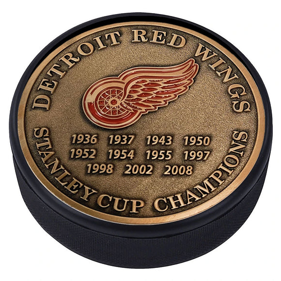 Detroit Red Wings Gold Medallion Puck